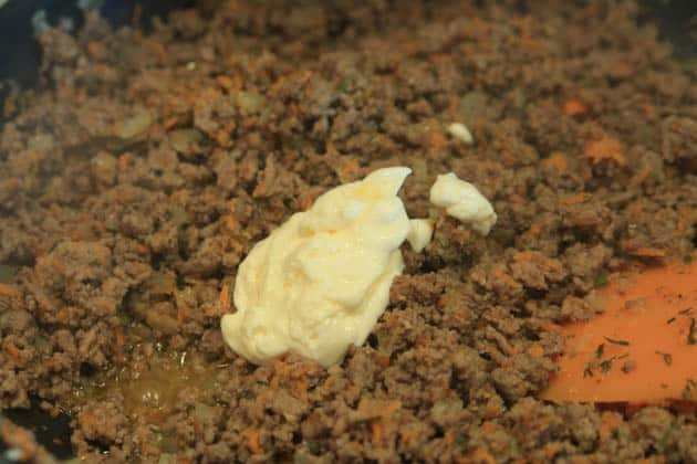 Mayo added into skillet with meat mixture