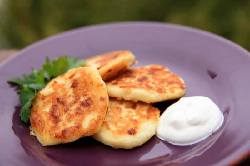 Картофельные котлеты с начинкой рецепт с фото