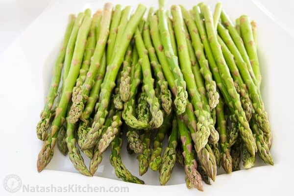 baked-asparagus-with-lemon