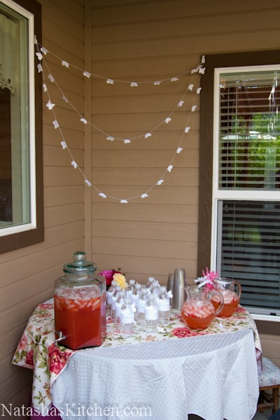 A drink corner decorated for a baby shower