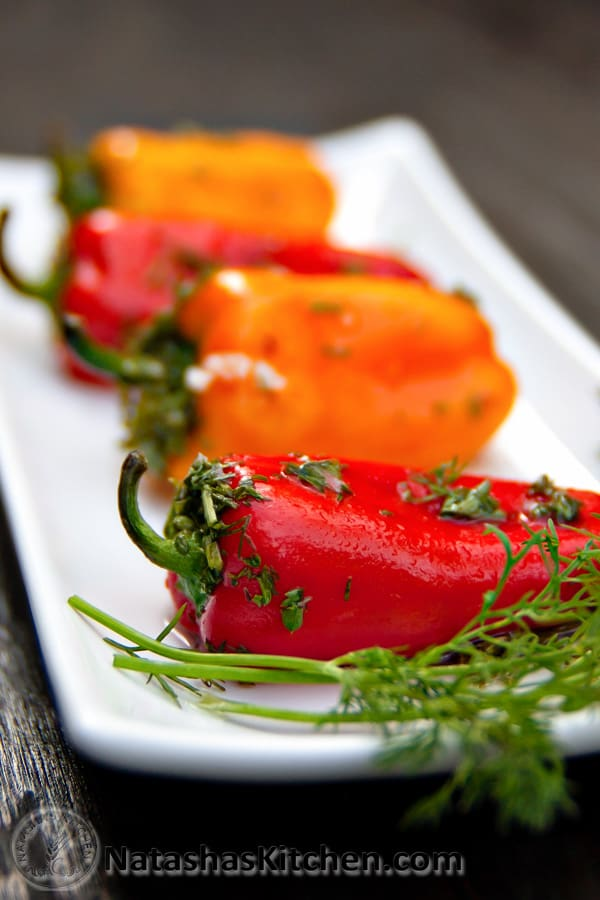 Marinated mini bell peppers recipe natasha 39 s kitchen for Natashas kitchen
