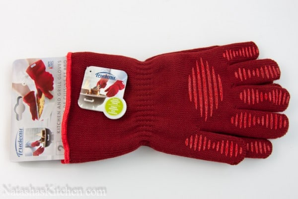 Red Trudeau oven gloves