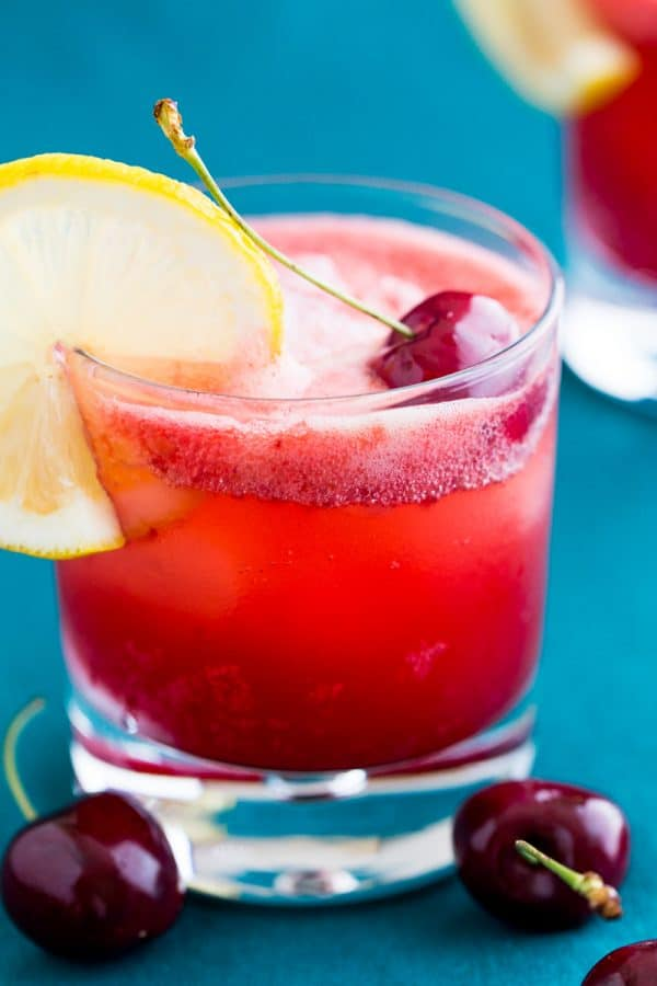 Best Cherry Lemonade! Combining club soda, cherry syrup and ice creates incredible fizz. Seriously, don't take your eye off this sparkling cherry lemonade! | natashaskitchen.com
