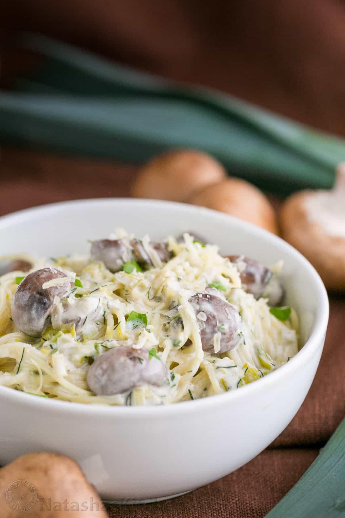 recipe: mushroom and leek pasta [33]