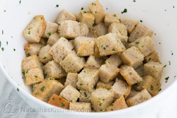 Easy Crunchy Garlic Croutons-7