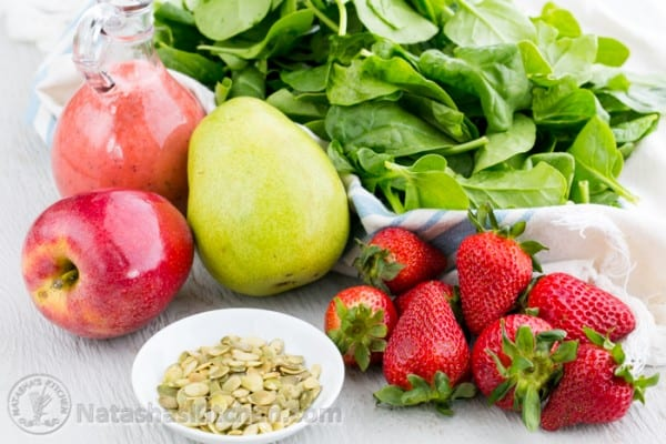 Apple and Pear Spinach Salad with Strawberry Vinaigrette