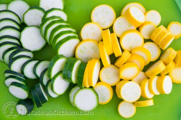 Quick Pickled Zucchini Recipe-2