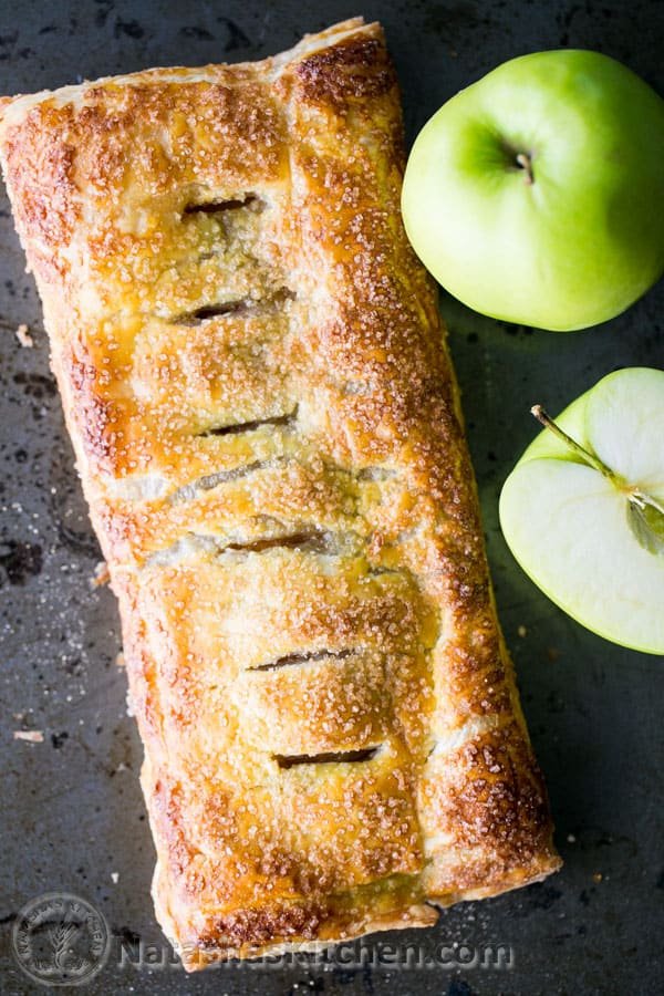 Apple Cinnamon Slab Pie