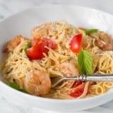 Spaghetti with Shrimp in Tomato Sauce