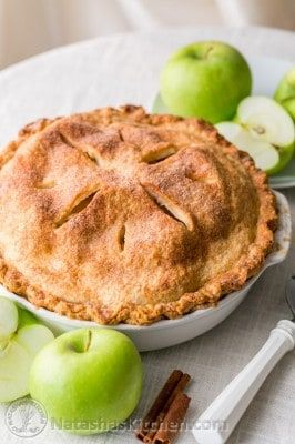 Cinnamon Apple Pie Recipe with a flaky cream cheese crust. Now THIS is an apple pie. @natashaskitchen