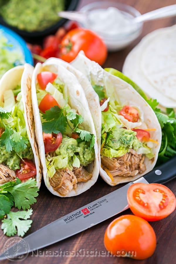 Jul 19, · Step By Step Photos for Slow Cooker Taco Chicken Bowls. Place two large chicken breasts (about lbs.) in the bottom of a slow cooker. I always buy my chicken breasts in large packs on sale, then individually wrap and freeze them for later/5().
