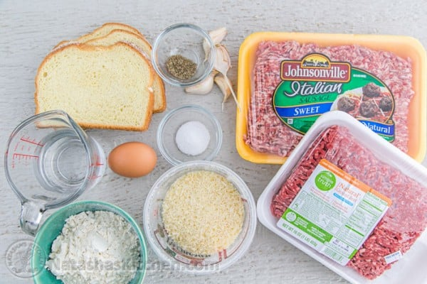 Ingredients to make meatballs for spaghetti