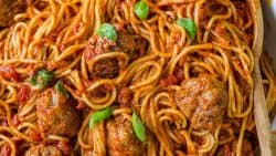 The Best Spaghetti & Meatballs!! Here's the secret to making meatballs uber juicy & tasty! #spaghettiandmeatballs #spaghettimeatballs #meatballs #spaghetti #pasta #italian #natashaskitchen