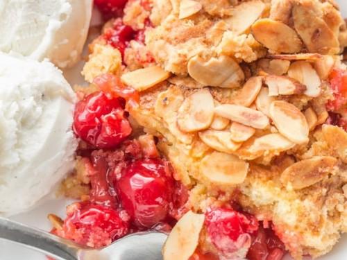 Dump Cake Recipe Pineapple Cherry Dump Cake Cherry Dump Cake