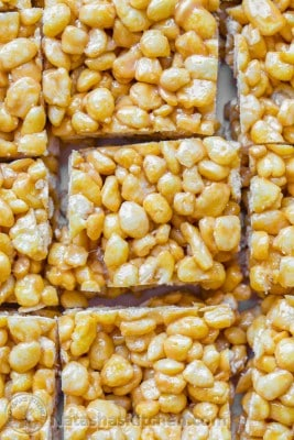 Caramel Corn Pops Treats - Kids love this dessert!! All you need is 3 ingredients and 10 minutes. | NatashasKitchen.com