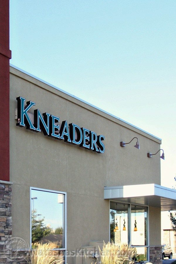 Kneaders Bakery And Cafe Near Me