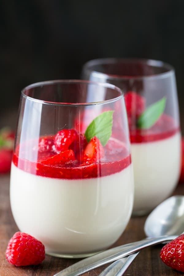 panna cotta with berry sauce video recipe. Black Bedroom Furniture Sets. Home Design Ideas
