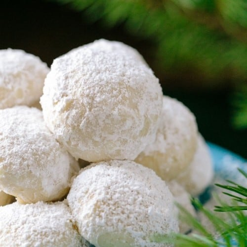 Almond Snowball Cookies Recipe