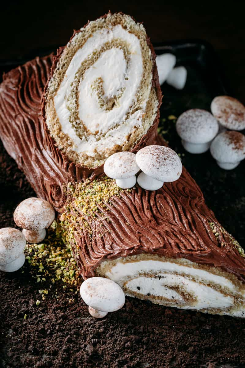 tiramisu yule log cake natashaskitchencom - Christmas Yule Log Cake