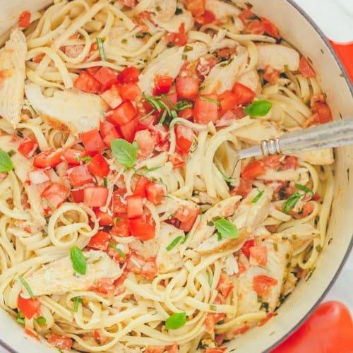 Chicken Pasta In Creamy Tomato Sauce Natashaskitchen Com
