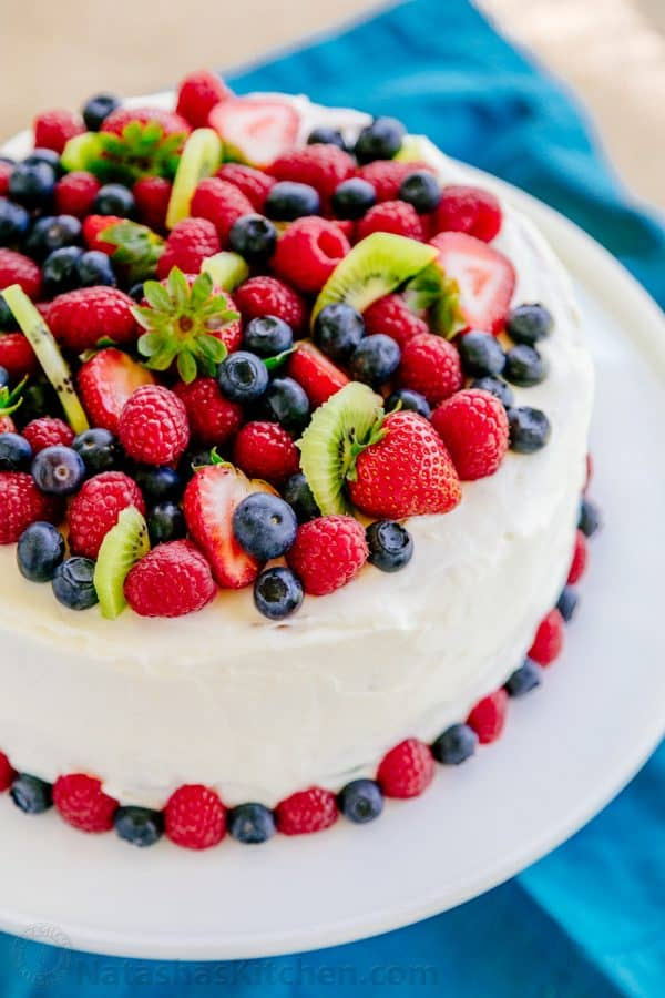 Decorate Cake With Berries