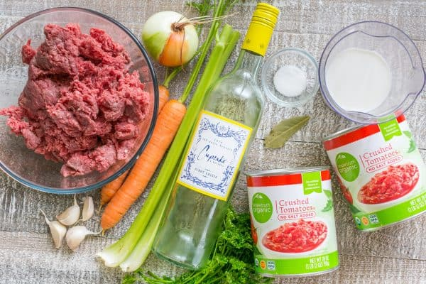 ... slow cooker bolognese recipe couldn't be easier! | natashaskitchen.com