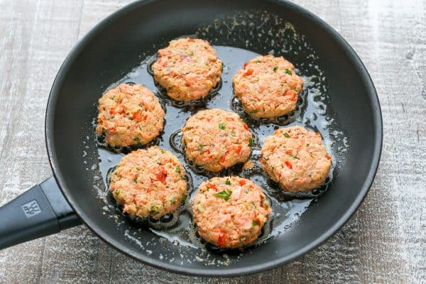 Salmon cake recipes using canned salmon