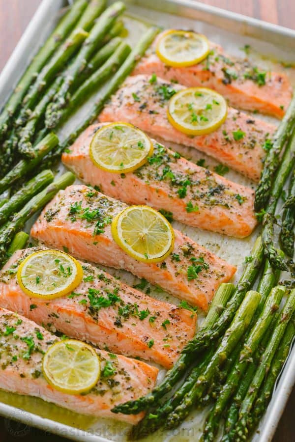 How to cook salmon on the stove with butter