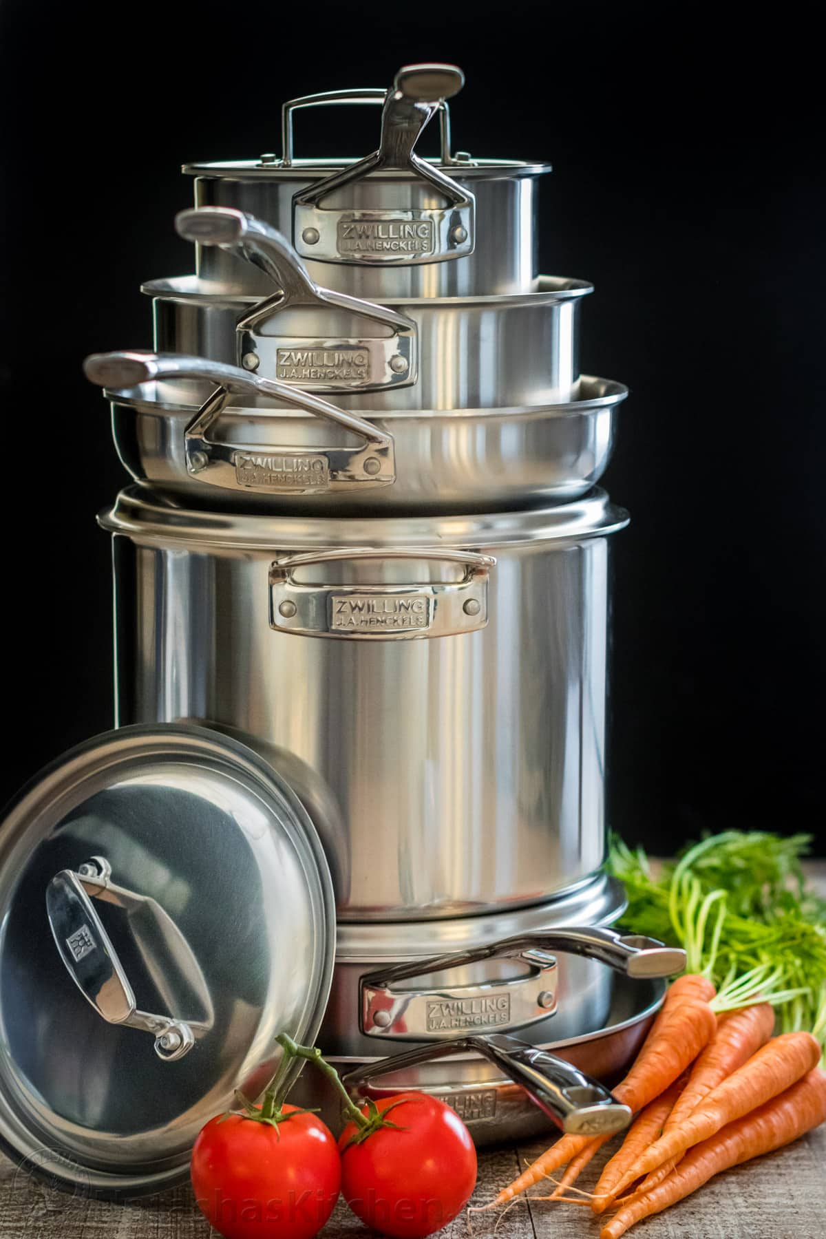 Win this zwilling j a henckels 10 piece cookware for Natashas kitchen