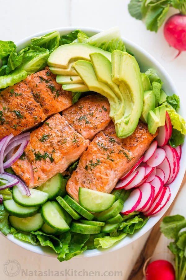 4aa8a038d61b This avocado salmon salad recipe is loaded with all of the best salad  ingredients  crisp
