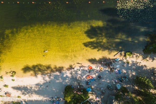 A bird\'s eye view of a lake