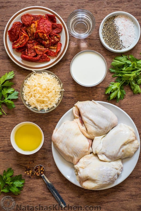 Ingredients for Sun-Dried Tomato Chicken with sun dried tomatoes in oil