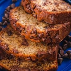 Chocolate Chip Banana Bread is wonderfully moist and loaded with ripe bananas and melty morsels of chocolate chips. This banana chocolate chip bread is a real treat. #chocolatechipbananabread #chocolatebananabread #bananabread #bananas #chocolatechips #dessert