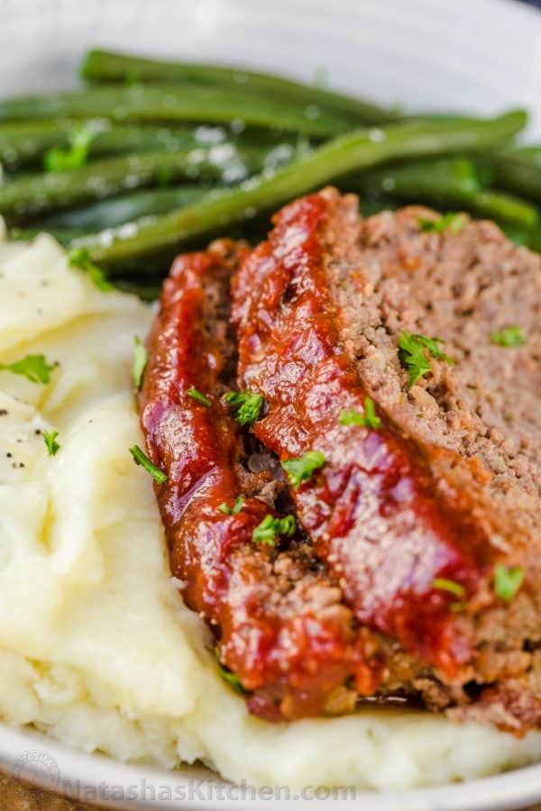 meatloaf glazed with meatloaf sauce