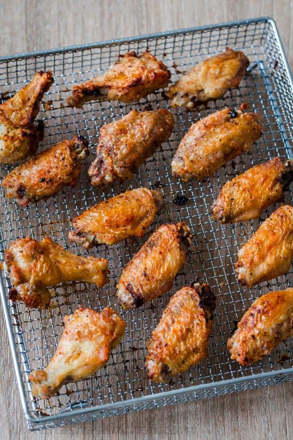 chicken wings on air fryer basket