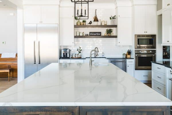 quartz kitchen counters calacatta