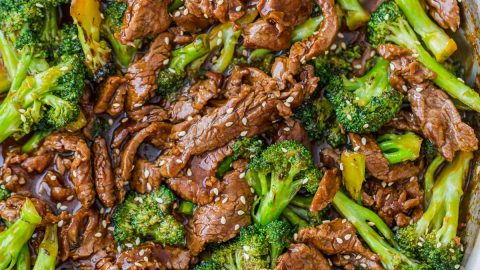 Beef and Broccoli with the Best Sauce (VIDEO)