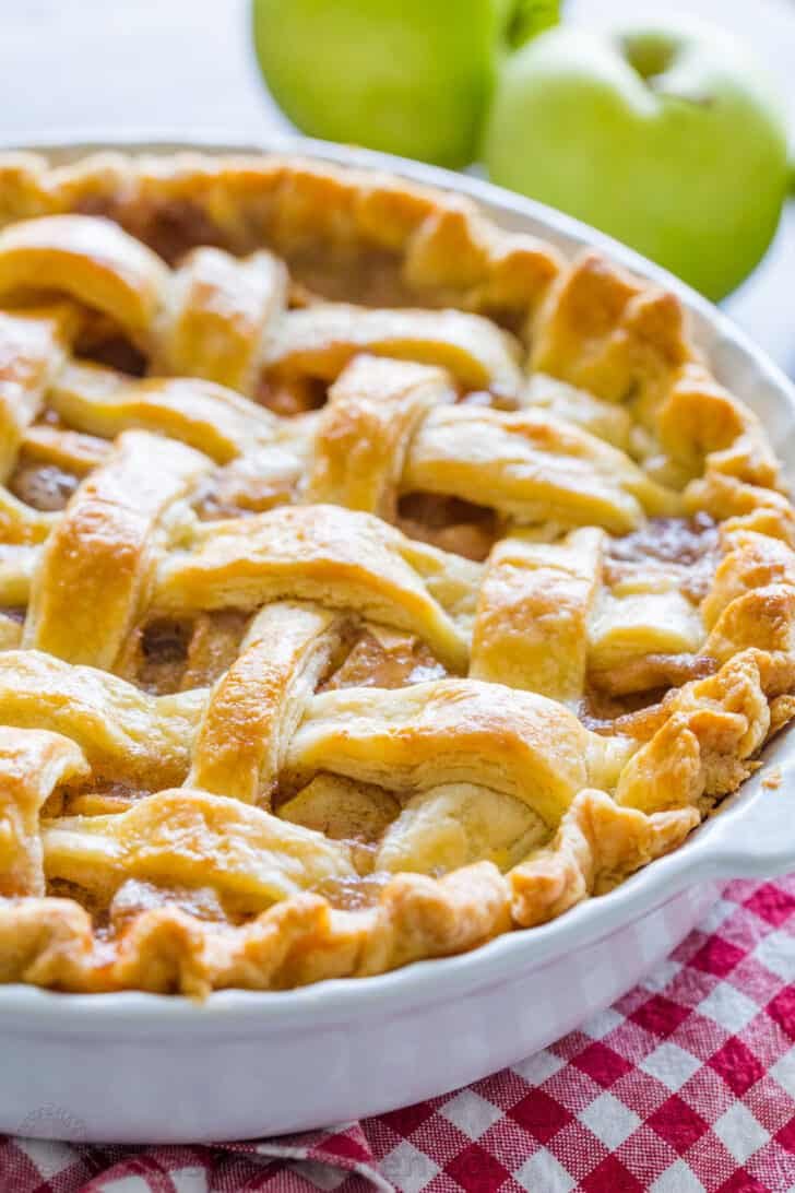 Baked Apple Pie Recipe in pie dish