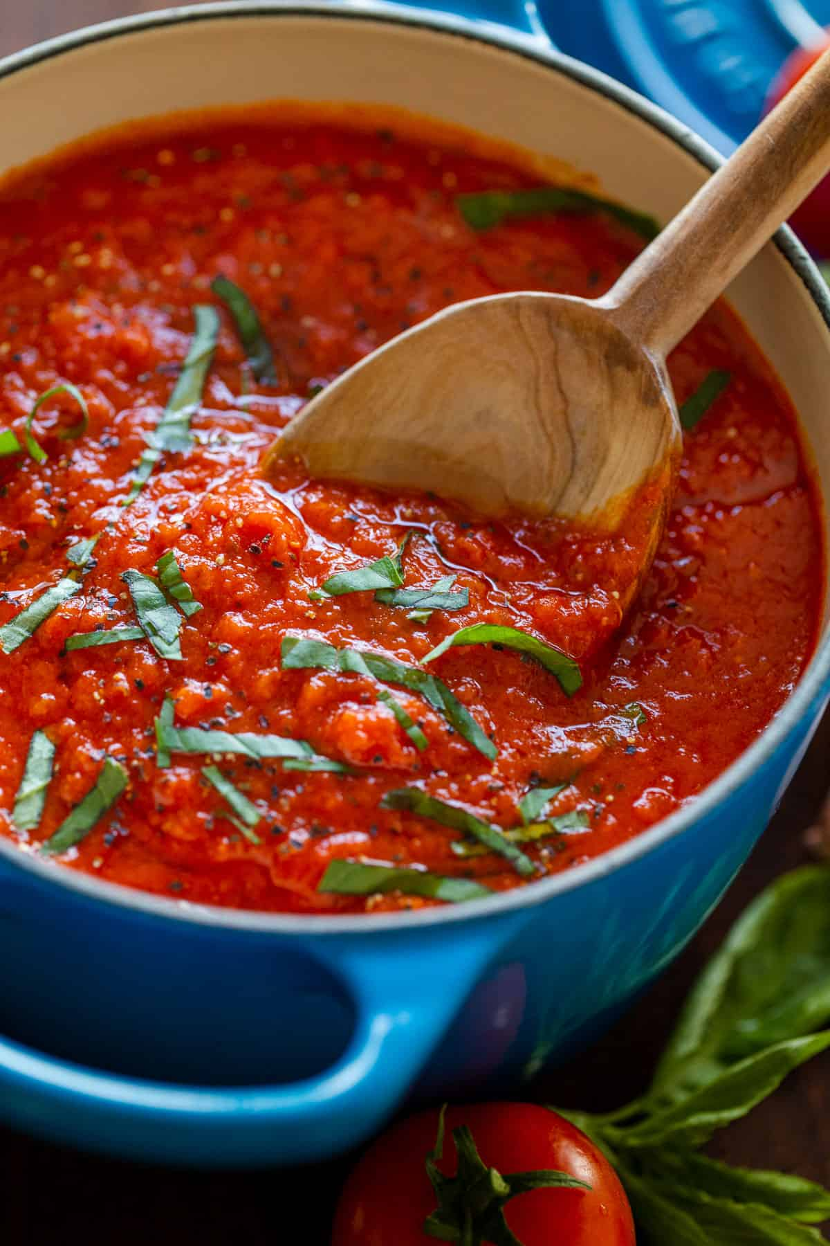 Easy Homemade Marinara Sauce Video Natashaskitchen Com