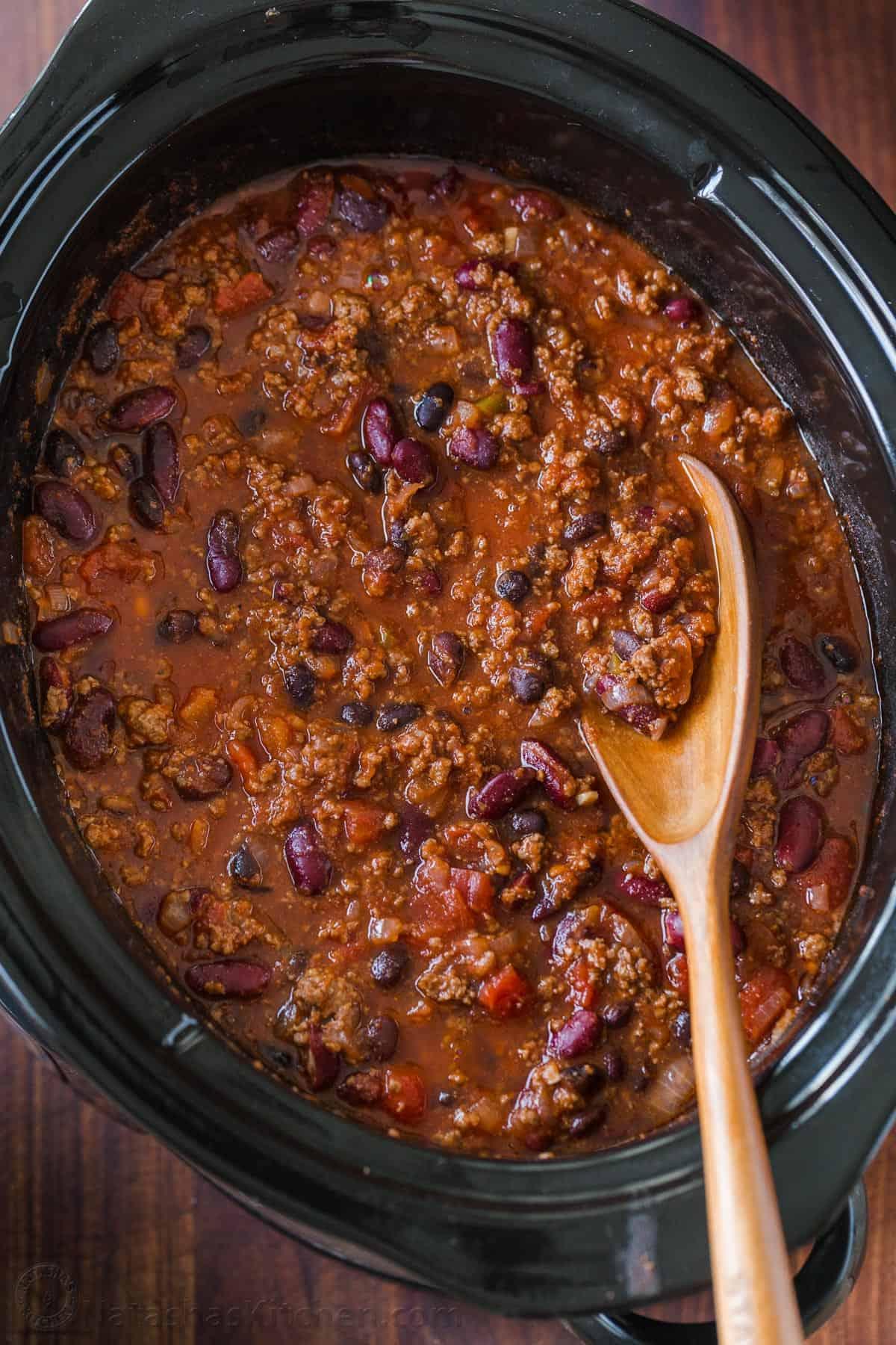 Slow Cooker Chili Recipe Natashaskitchen Com