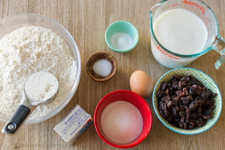Ingredients for making bread with baking soda and flour